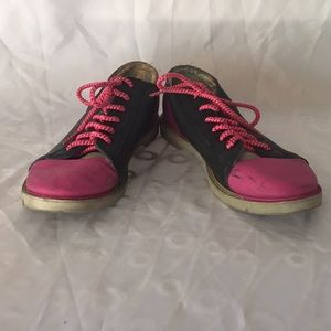 Shoes - Pink and black bowling shoes